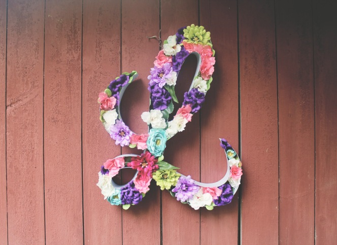 creating-your-own-floral-letter-cursive-l