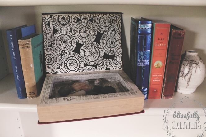 creating-a-book-hide-awayfinished-2