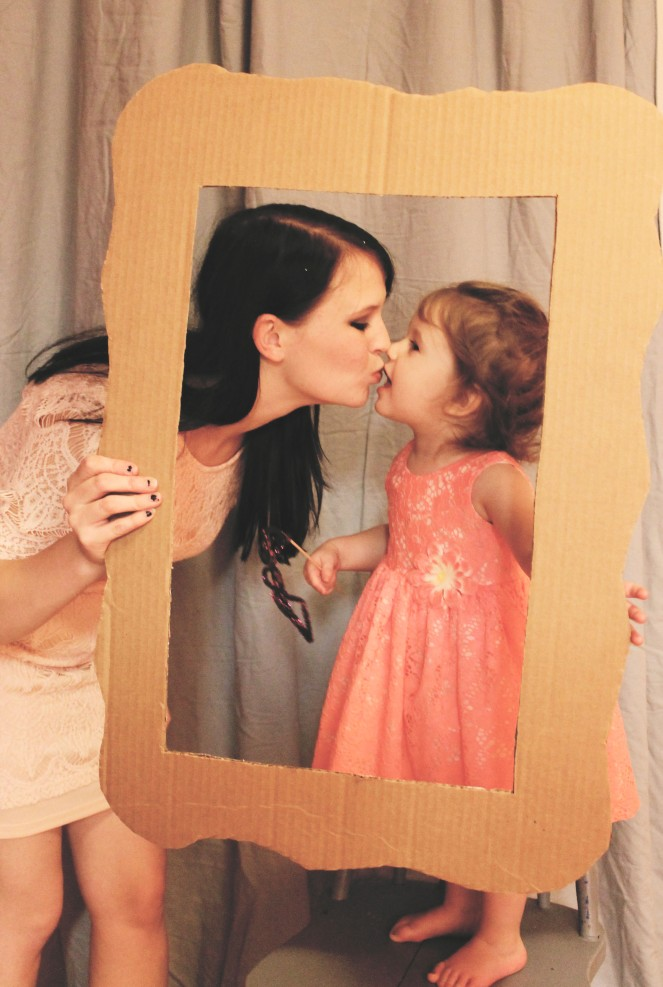 {creating new year's eve fun} photobooth